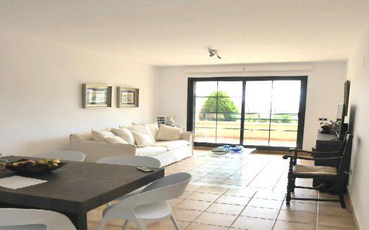 Солнечные и просторные апартаменты