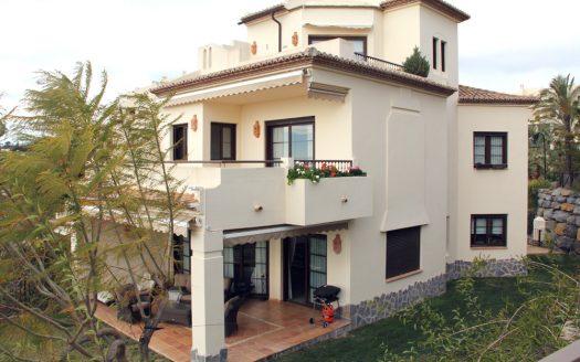 Luxurious villa in Villa Gadea