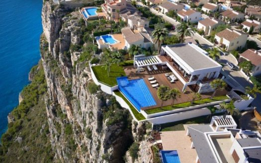 Nice villa in Benitachell
