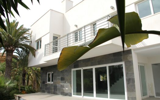 Moderna villa en Albir