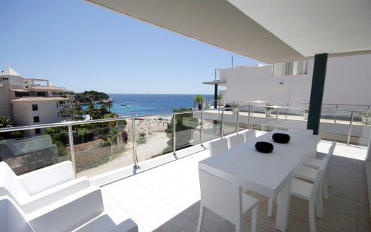 Moderna villa adosada