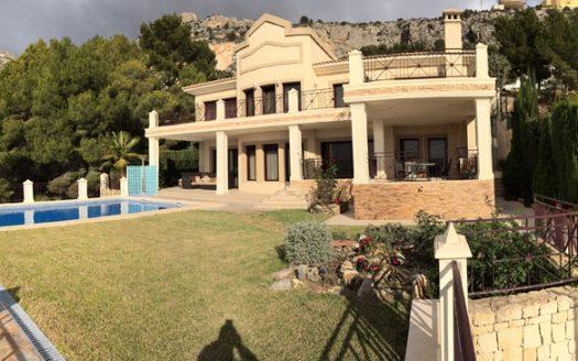 Classic style villa