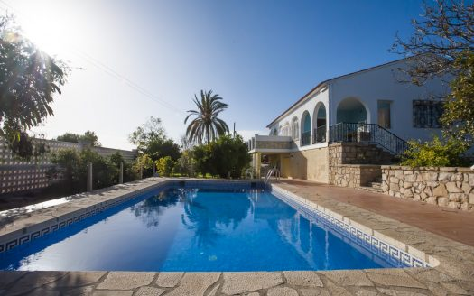 Very nice country house in Villajoyosa