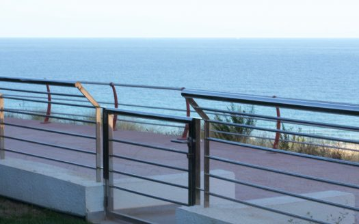 Apartment in Arenales del Sol on the ground floor