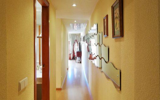 Продается квартира в порту Кампоманес